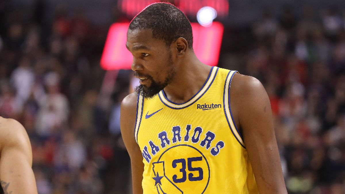 How Kevin Durant Injury News Is Moving NBA Finals Game 5 Spread, Over/Under article feature image