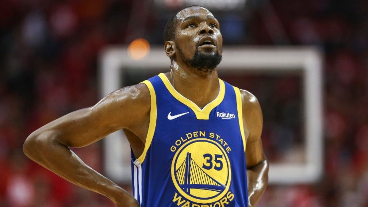 How Kevin Durant Injury News Is Affecting Raptors vs. Warriors Game 3 Betting Odds article feature image