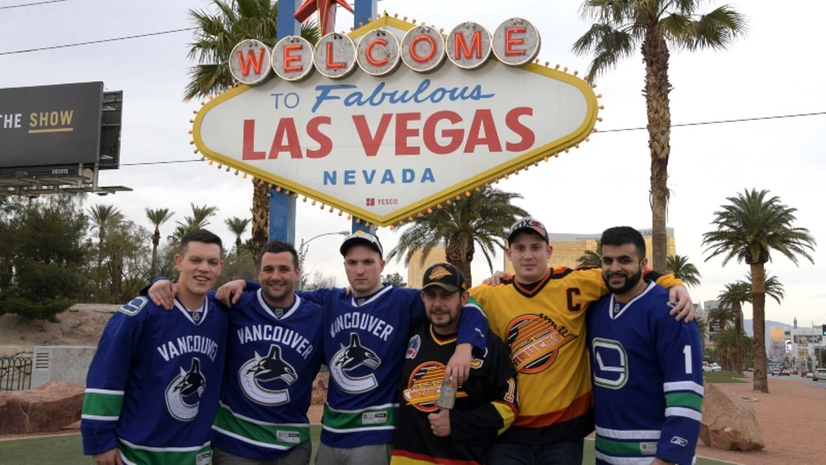 6 Essential Apps Every Las Vegas Traveler Should Download article feature image