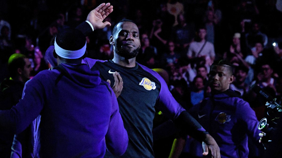 Power Ranking the 2019-20 NBA Title Odds After Lakers Trade News article feature image
