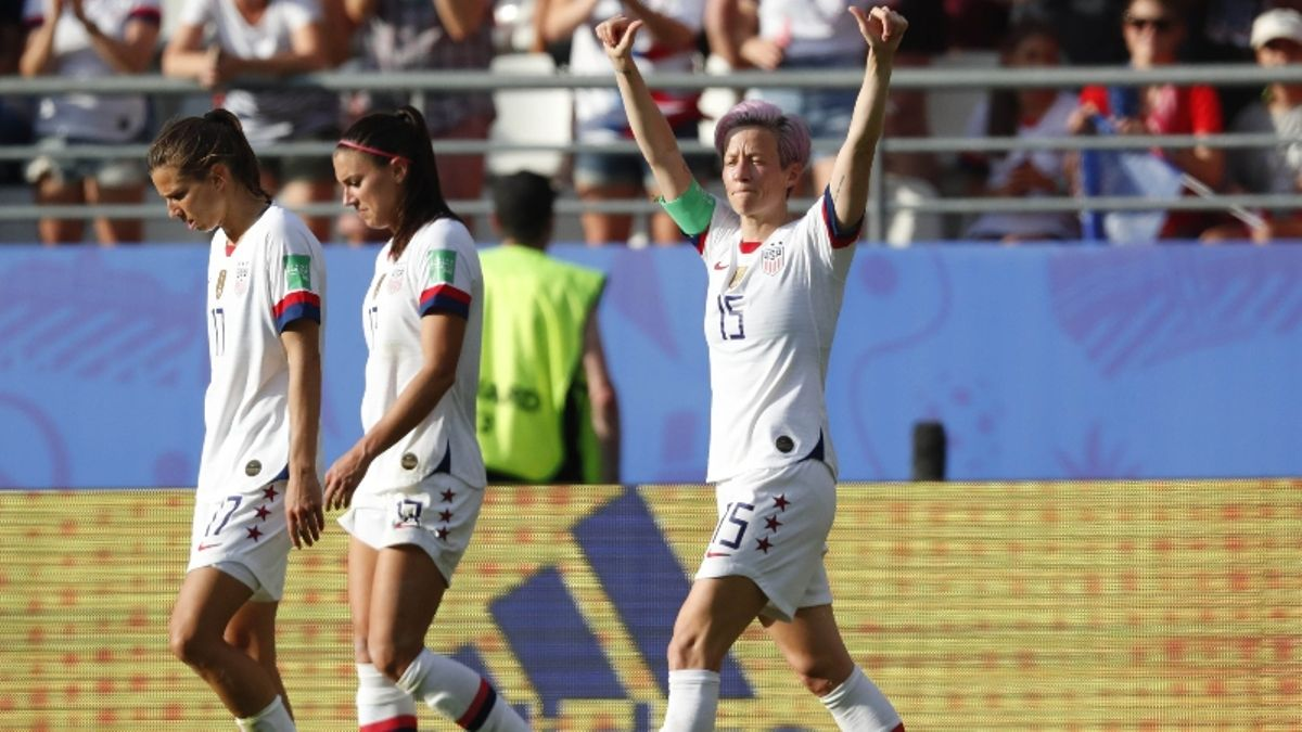 FanDuel Pays Out $400K Worth of USA Women's World Cup Futures Ahead of Quarterfinal Match article feature image