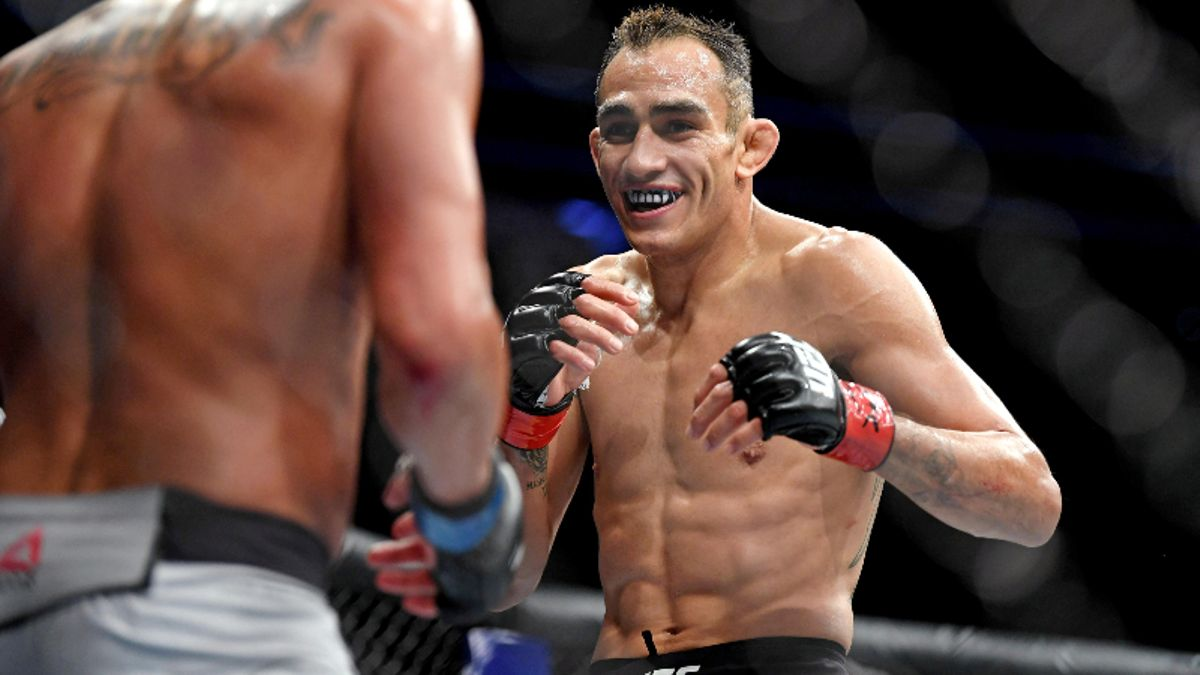 UFC 238 Odds: Does Tony Ferguson Offer Value With Donald 'Cowboy' Cerrone Coming Off Limited Rest? article feature image