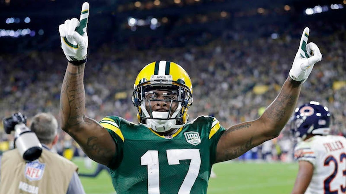 What to Expect from the Top Fantasy Football WRs in 2019 article feature image