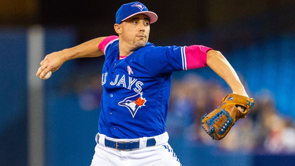 Will Blue Jays' Aaron Sanchez Snap Near-Historic Losing Streak vs. Indians? article feature image