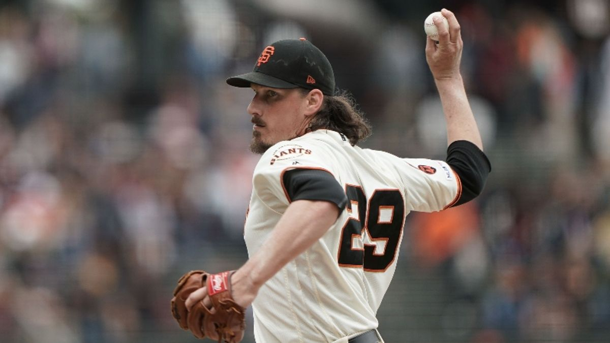MLB Sharp Report: Giants-Padres Attracting Pro Action Monday Night article feature image