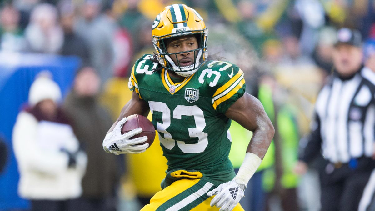 Is Aaron Jones Being Undervalued In Fantasy Football Drafts? article feature image