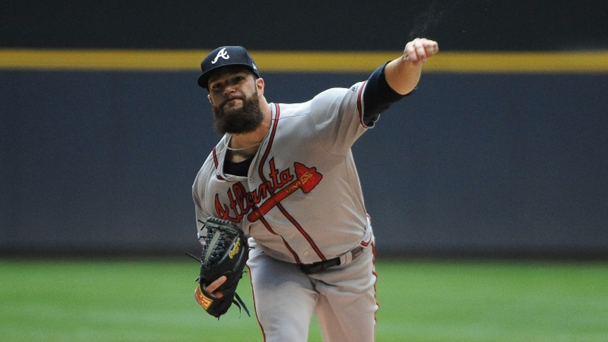 Cardinals vs. Braves Betting Odds, Picks & Predictions: Will Runs Be at a Premium in NLDS Game 1? article feature image
