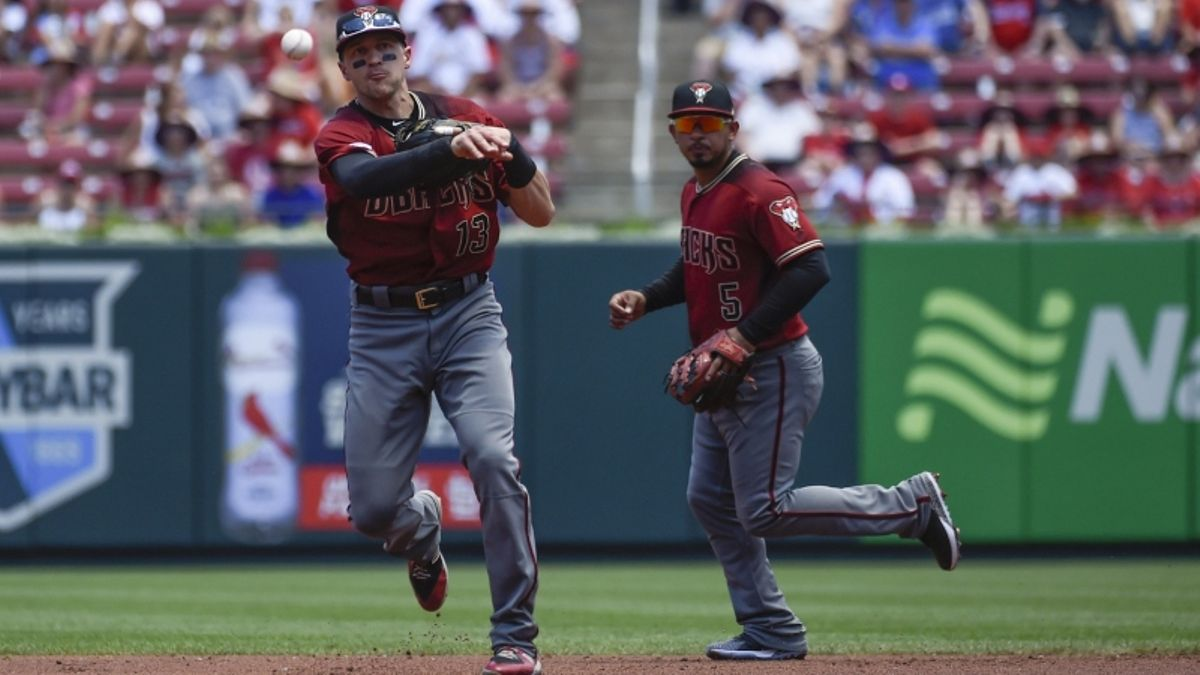 MLB Sharp Report: Pros Betting Diamondbacks-Rangers, 2 Other Games article feature image