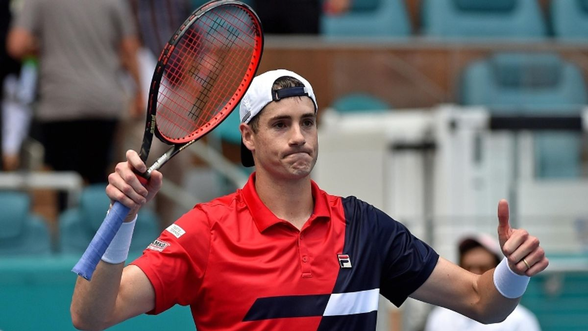 ATP Wimbledon Thursday Betting Preview: Is John Isner Worth Throwing in a Parlay? article feature image