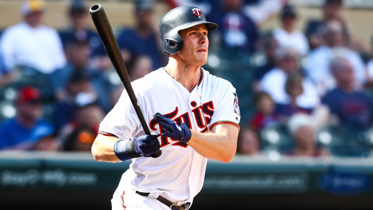 MLB Betting Tip: Fade Elite Teams During Second Half of Season article feature image