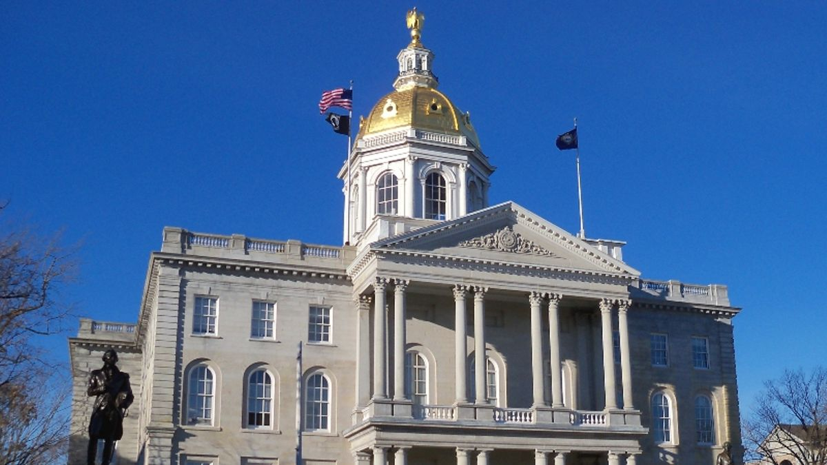 New Hampshire Becomes 16th State to Legalize Sports Betting article feature image