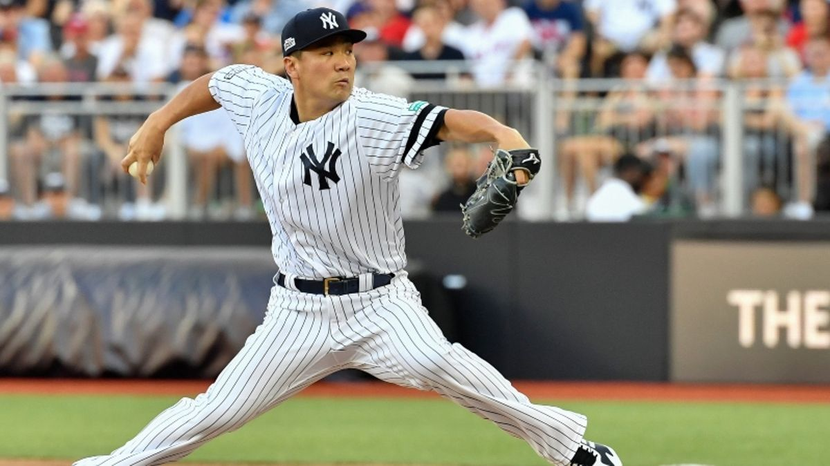 Zerillo's MLB Daily Betting Model, 7/25: Choosing a Pair of Sox vs. Twins, Yankees article feature image