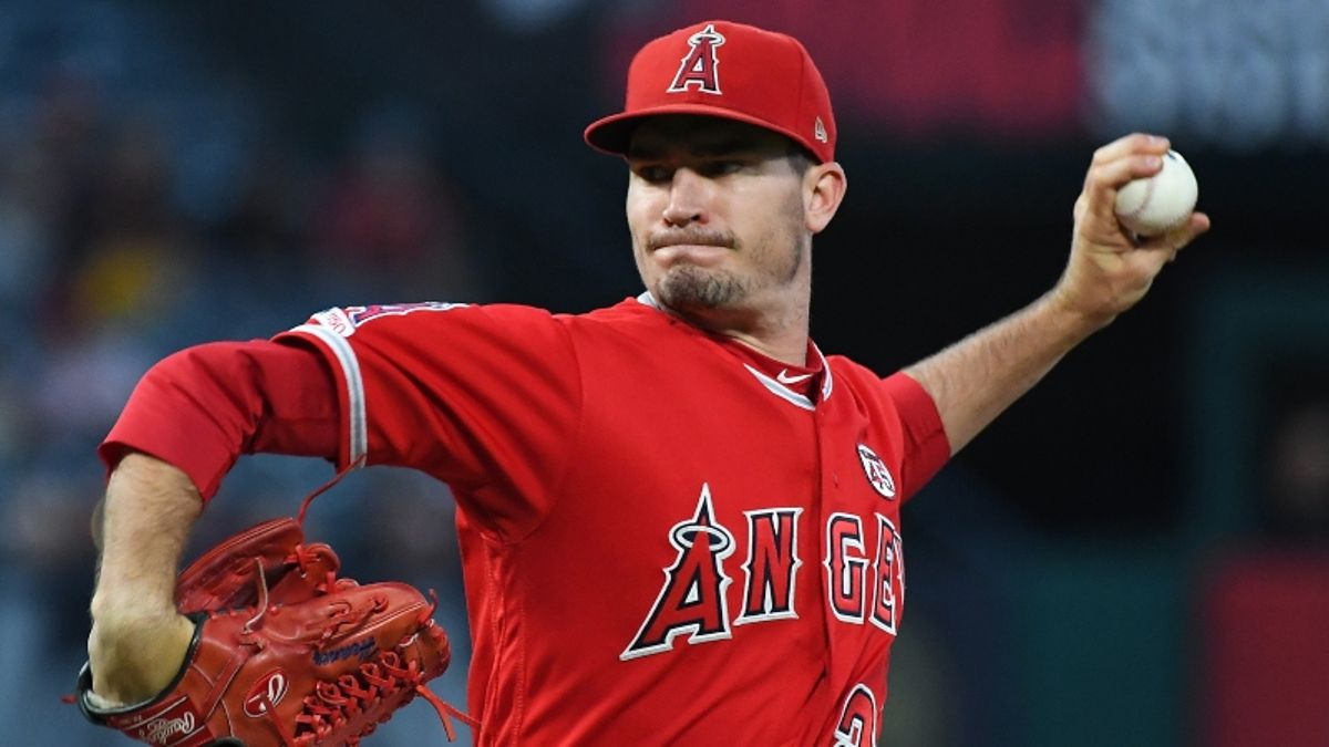MLB Expert Predictions for Tuesday: Fade the Public in Rangers-Angels? article feature image