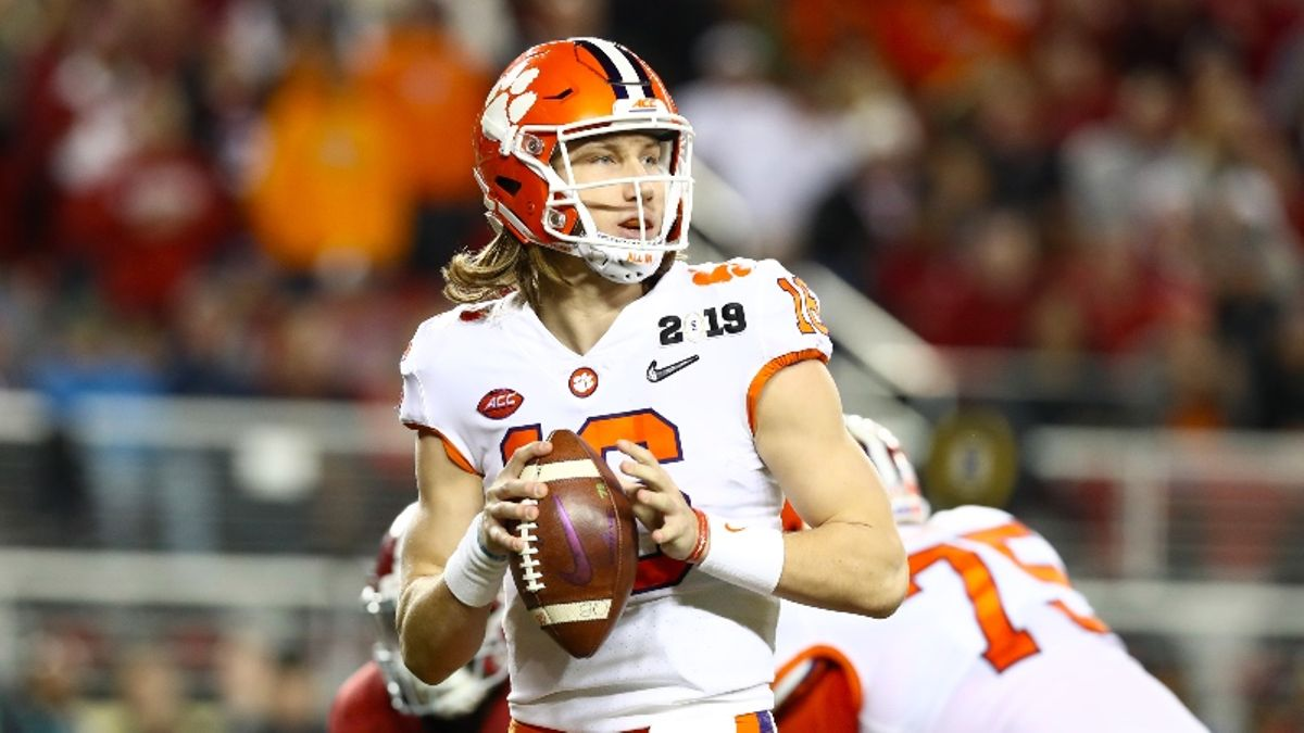 Wilson: Early Betting Thoughts & Picks on the 2019 College Football Playoff article feature image
