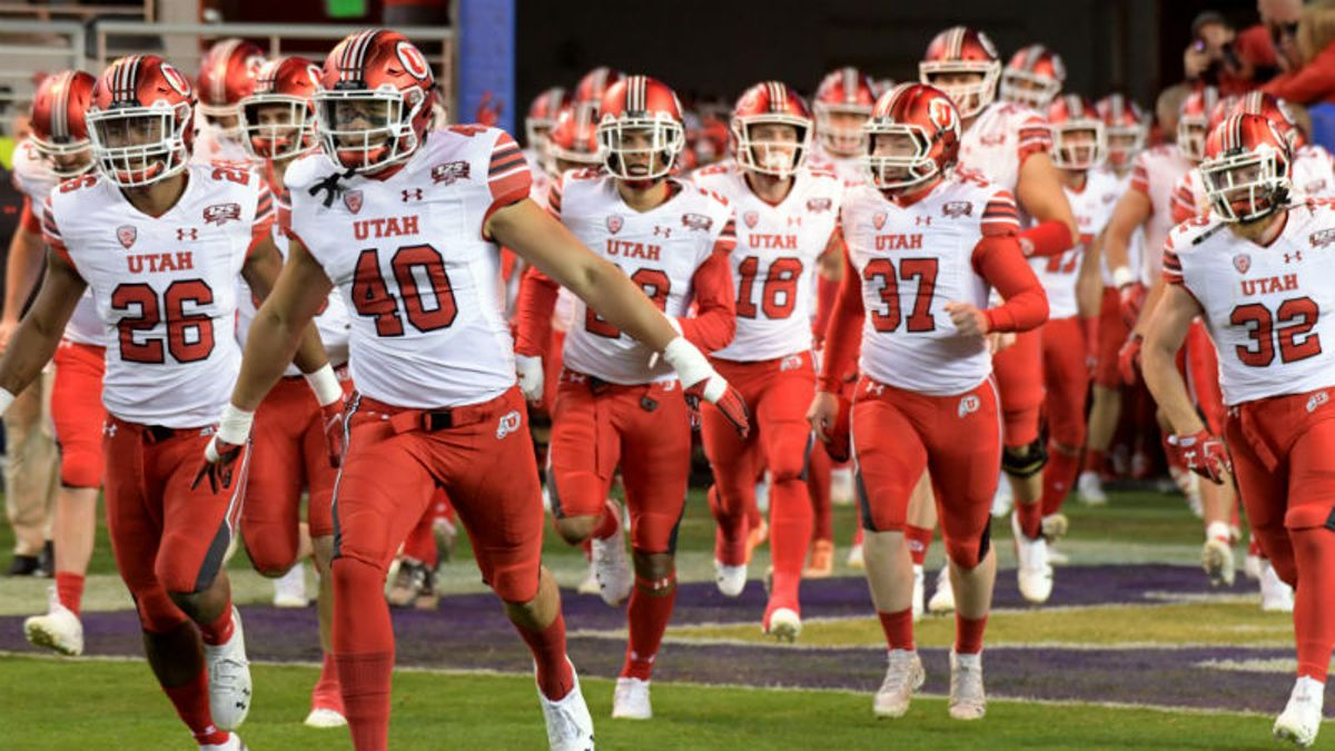 Wilson's 2019 Pac-12 Betting Guide: Is a College Football Playoff Return Possible? article feature image