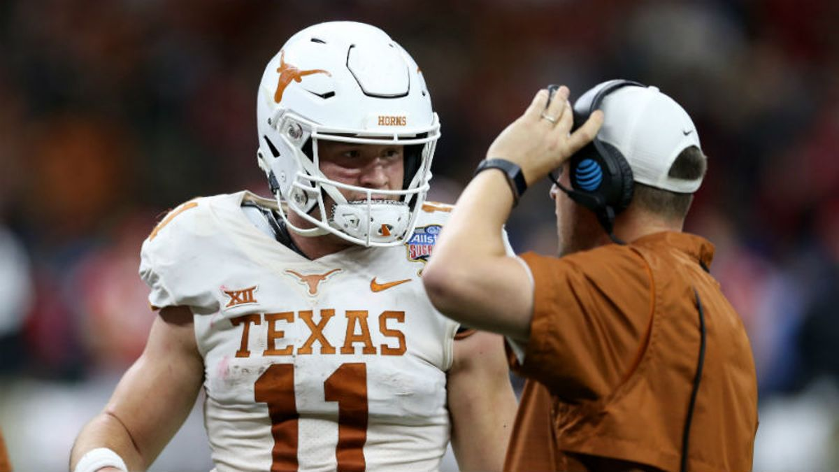 College Football Odds, Picks & Betting Cheat Sheet for Saturday Night Games article feature image