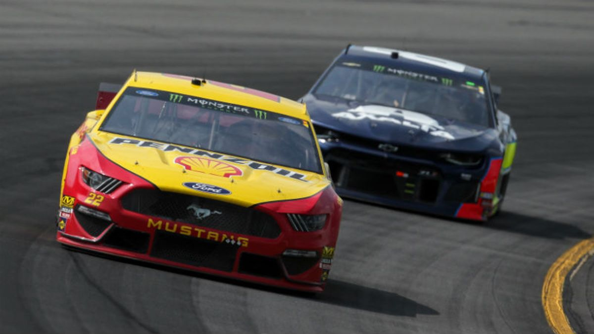 NASCAR Bass Pro Shops NRA Night Race Odds, Outright Winner Picks: It's Bristol Baby! article feature image