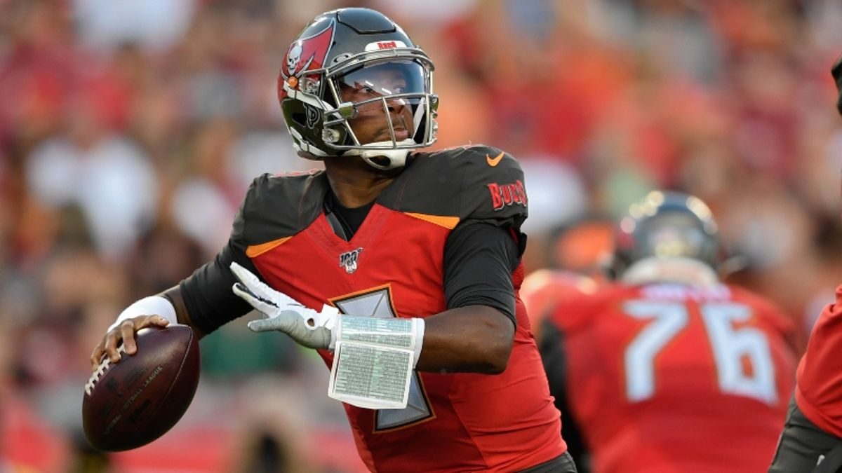 Buccaneers Odds, Win Total, Projected Spreads For Every 2019 Game, More article feature image