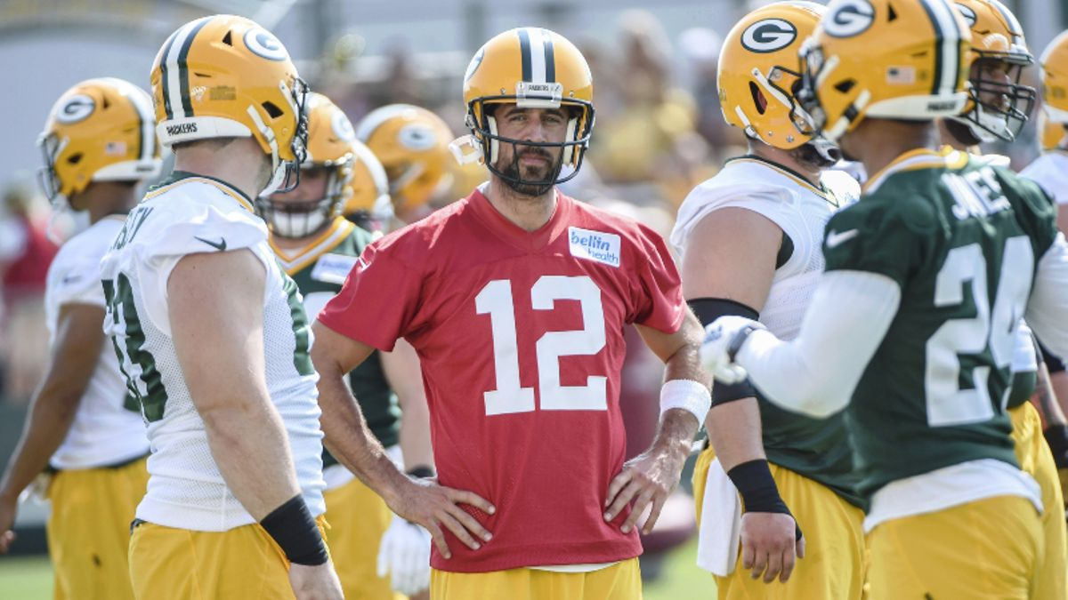 NFL Preseason Sharp Report: Pros Betting Eagles-Jaguars, Packers-Ravens Over/Unders article feature image
