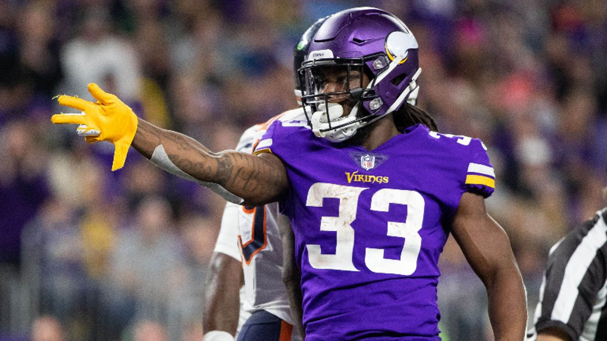 Seahawks vs. Vikings Betting Guide: What Run-Heavy Offenses Mean For Total article feature image