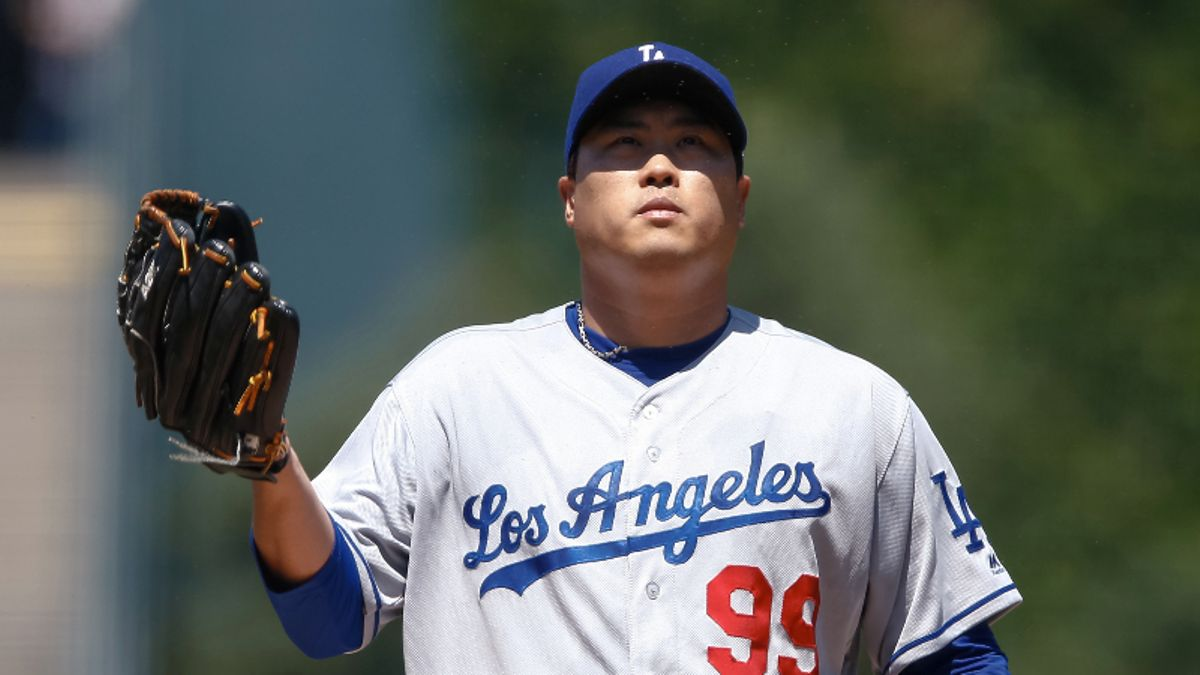 Yankees-Dodgers Trends, Stats: Finding Betting Value in Friday's Marquee Matchup article feature image