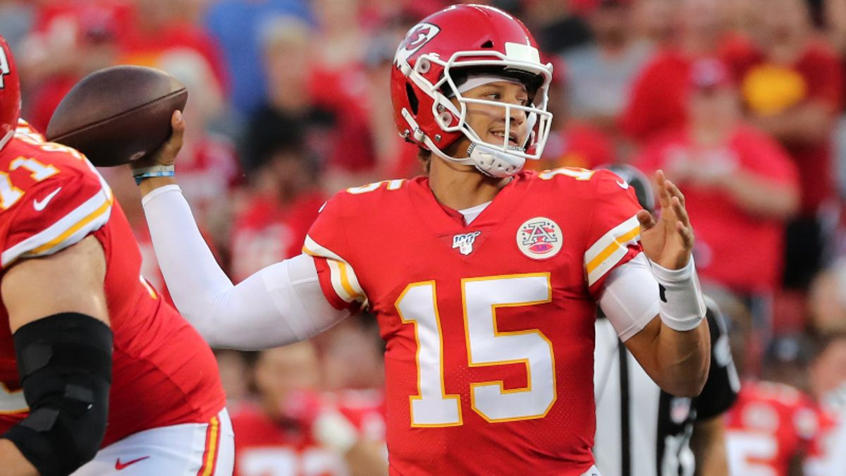 Chiefs vs. Steelers Betting Guide: Will Mahomes and Co. Jump Out Early? article feature image