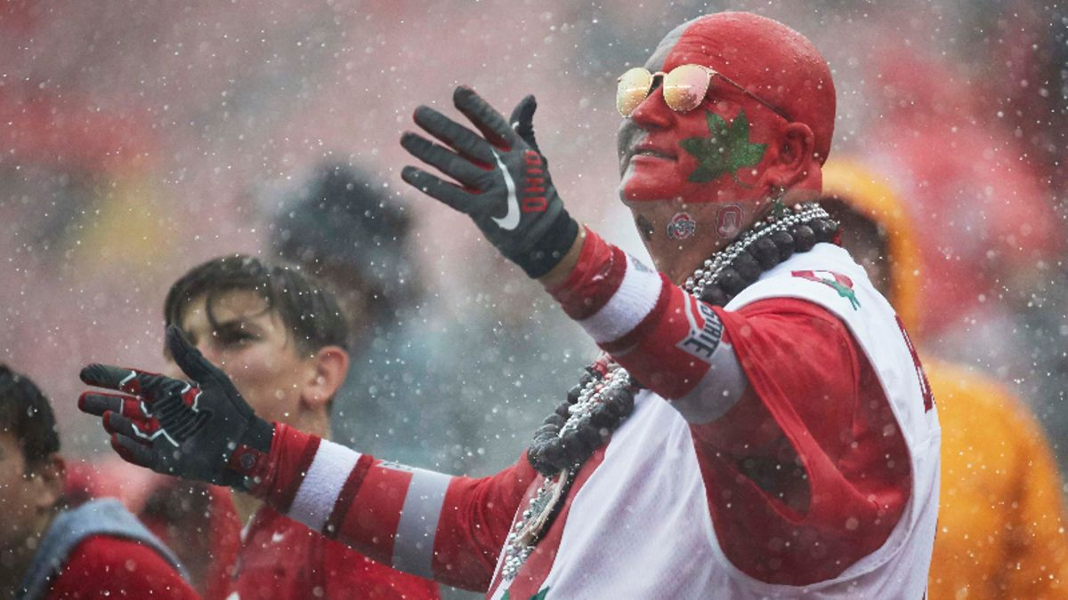 Betting Rules for College Football Weather Cancelations, Location Changes article feature image