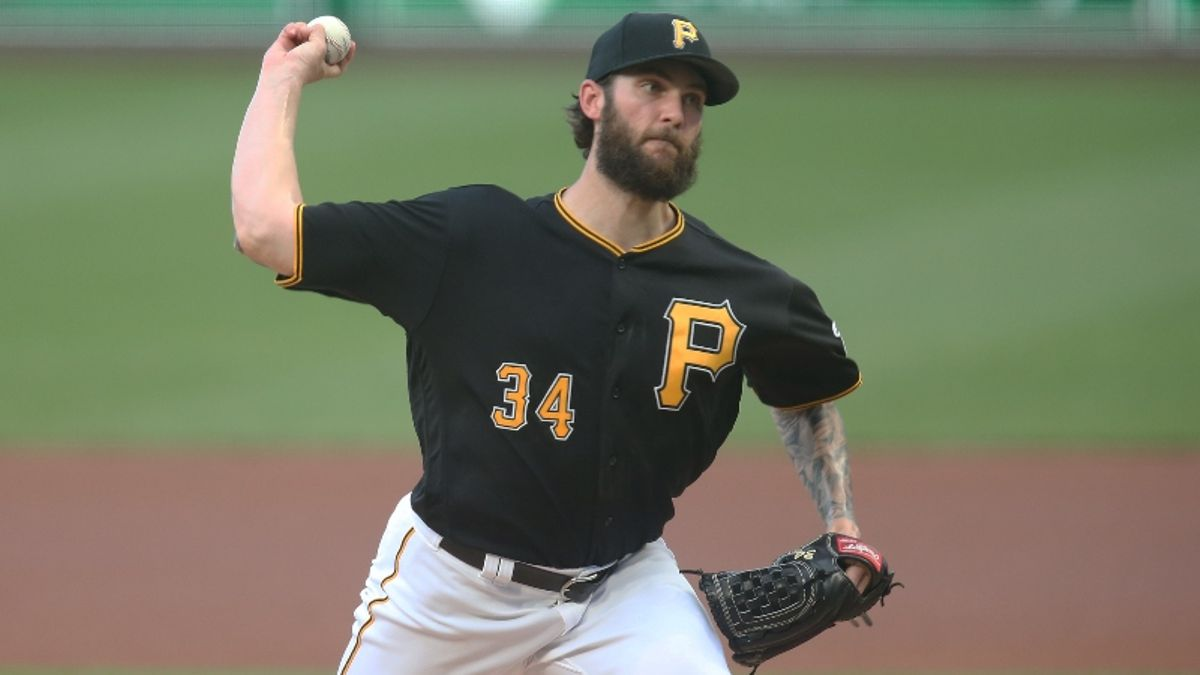 How Sharps Are Betting Thursday's Lofty Pirates vs. Rockies Over/Under article feature image