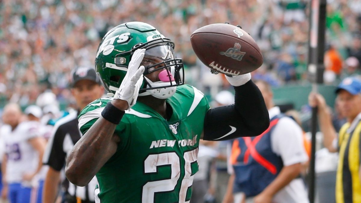 Jets vs. Dolphins Betting Odds, Picks & Predictions article feature image
