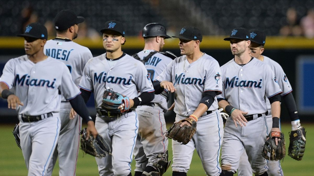 MLB Betting Tip: Buy Low on Bad Teams During Final Week of the Season article feature image