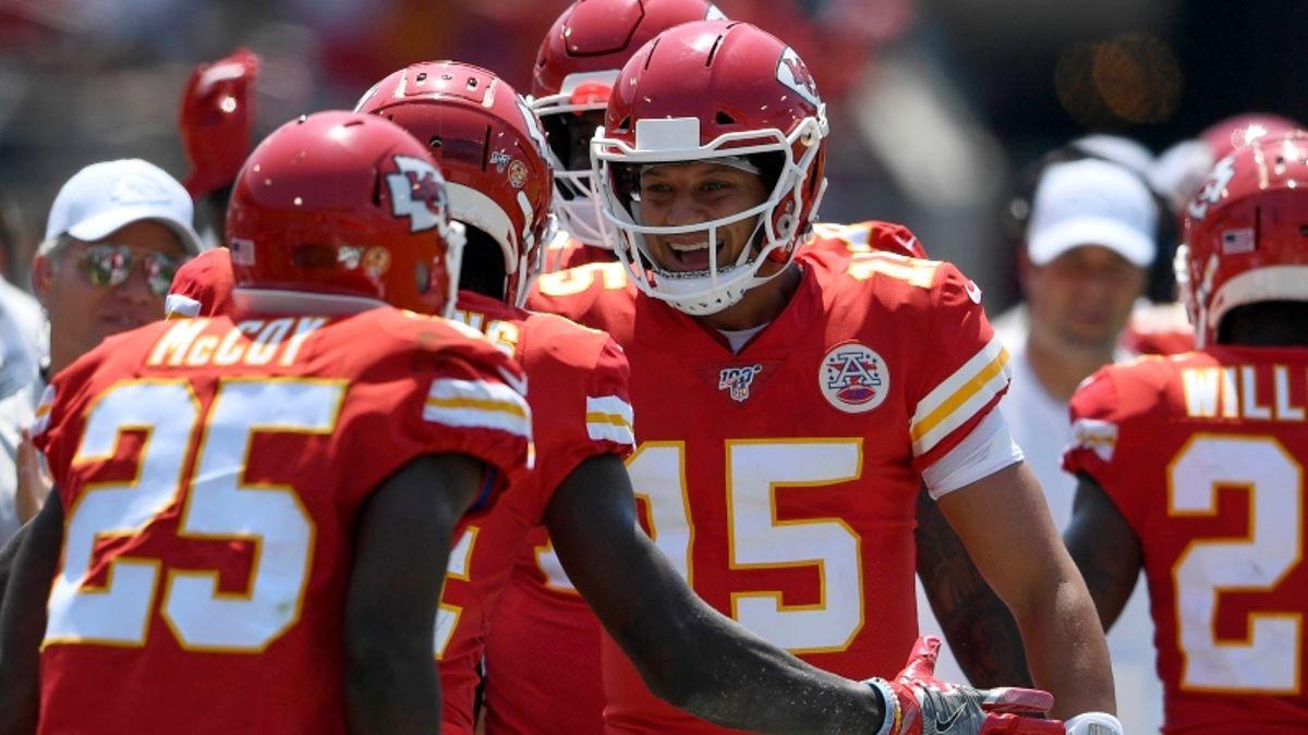 Best Week 2 NFL Survivor & Pick 'Em Picks article feature image