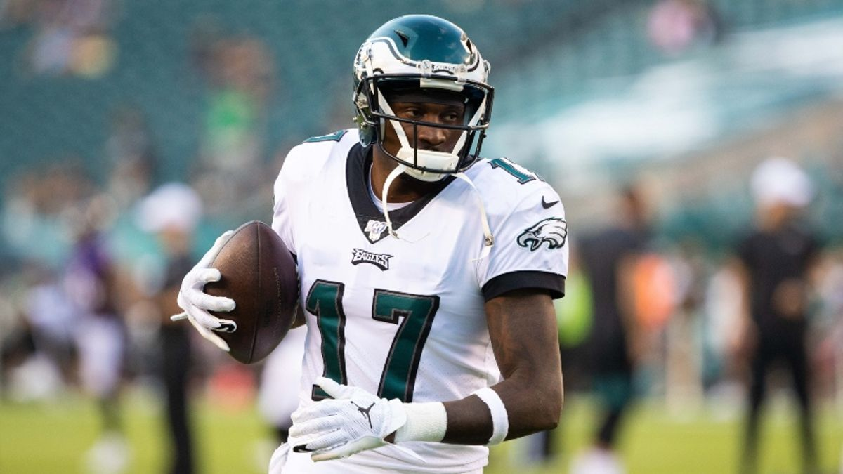 Fantasy Football Injuries: Alshon Jeffery & T.Y. Hilton Rankings, Backup Plans, More article feature image