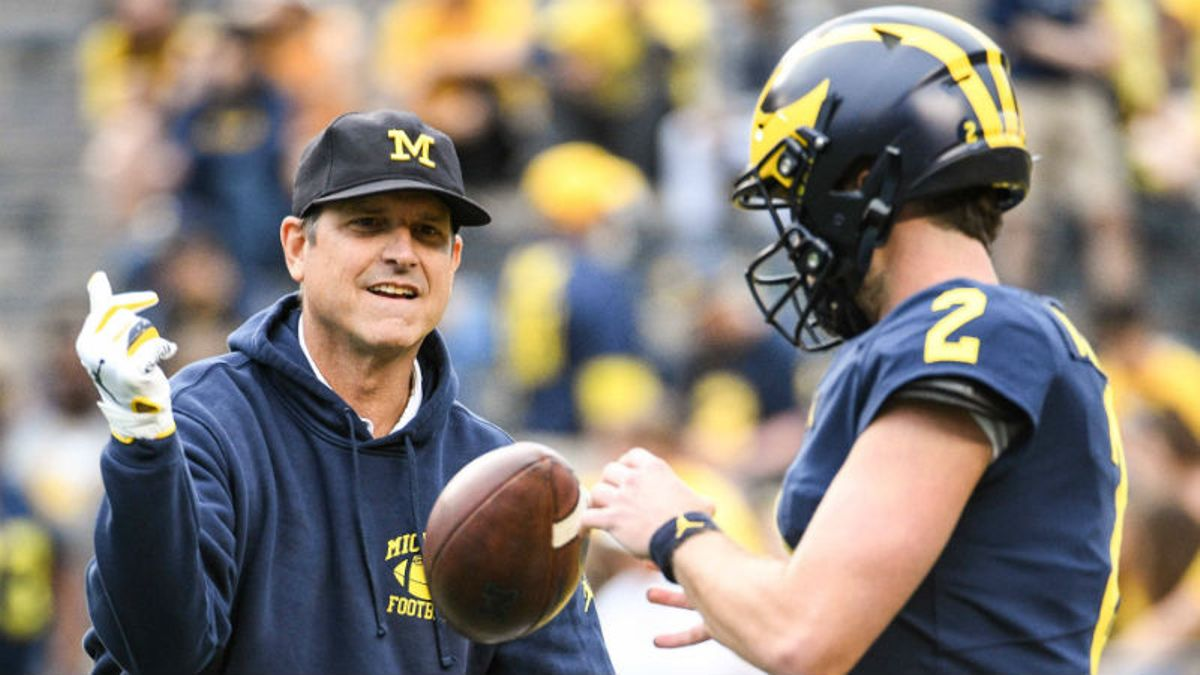 Updated Michigan State vs. Michigan Odds: Tracking Spread, Line, Over/Under Movement article feature image