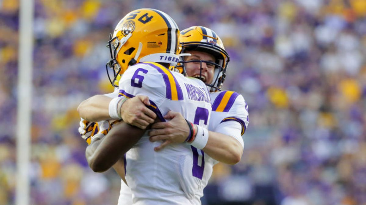 Saturday College Football Betting: Odds & Picks for LSU-Florida, 3 Other Games article feature image