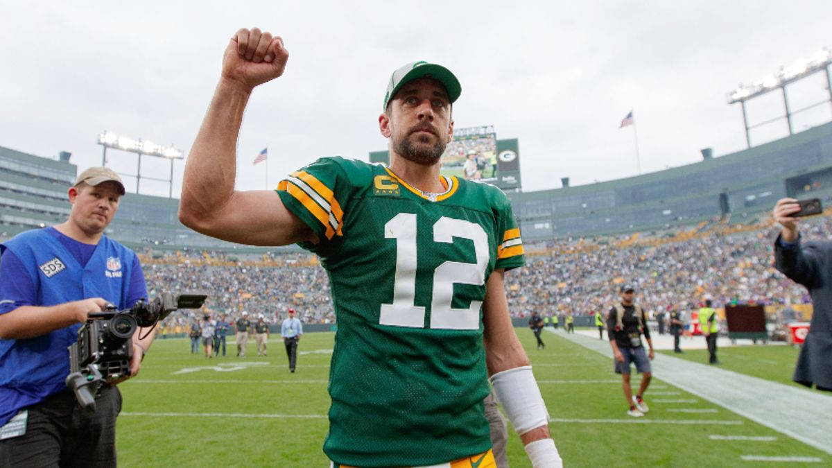 Lions vs. Packers Betting Odds & Picks: Back Aaron Rodgers & Co.? article feature image
