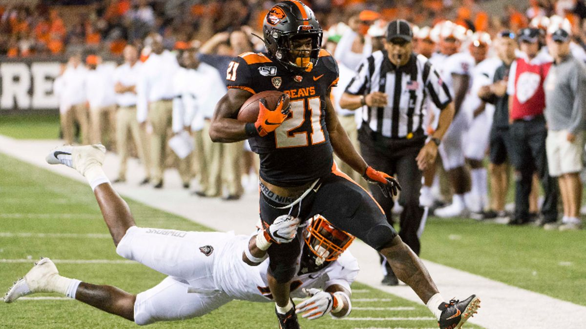 Our Favorite College Football Bets for 4 Saturday Games article feature image