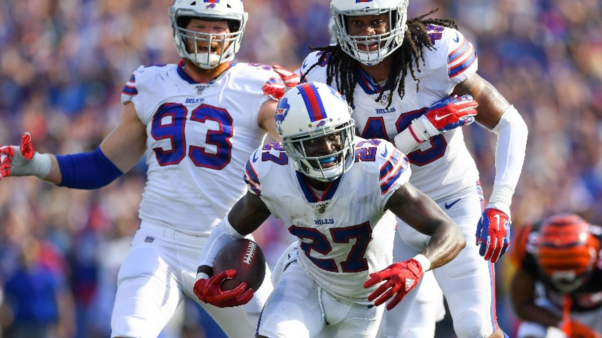 Sonny Banks: Why Over/Unders in Pats-Bills & Seahawks-Cardinals Provide Betting Value article feature image