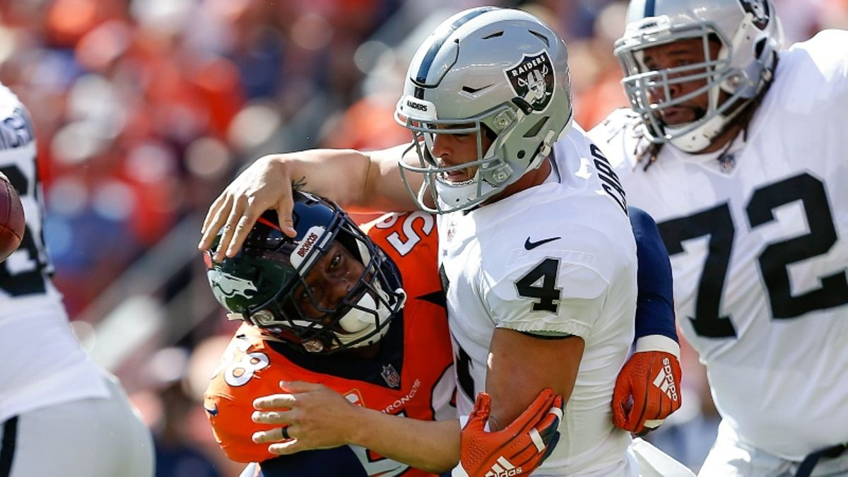 Raiders vs. Broncos Betting Odds & Predictions: Bet On Oakland As Home Underdog? article feature image