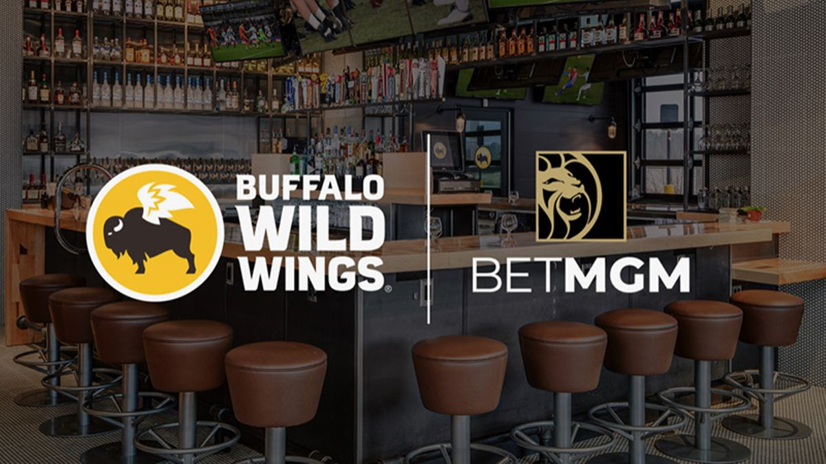 Buffalo Wild Wings Partners With MGM, Will Encourage Sports Betting in Restaurants article feature image