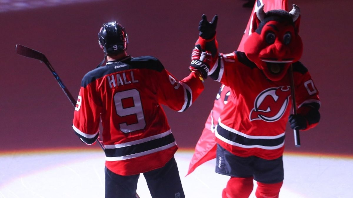 NHL Betting Preview 2019-20: Plenty of Mid-Tier Teams Are Being Overrated article feature image