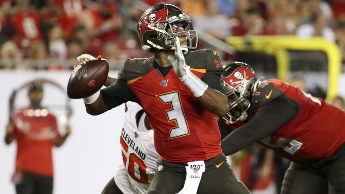 49ers vs. Buccaneers Betting Odds & Predictions: Expect A Barn Burner? article feature image