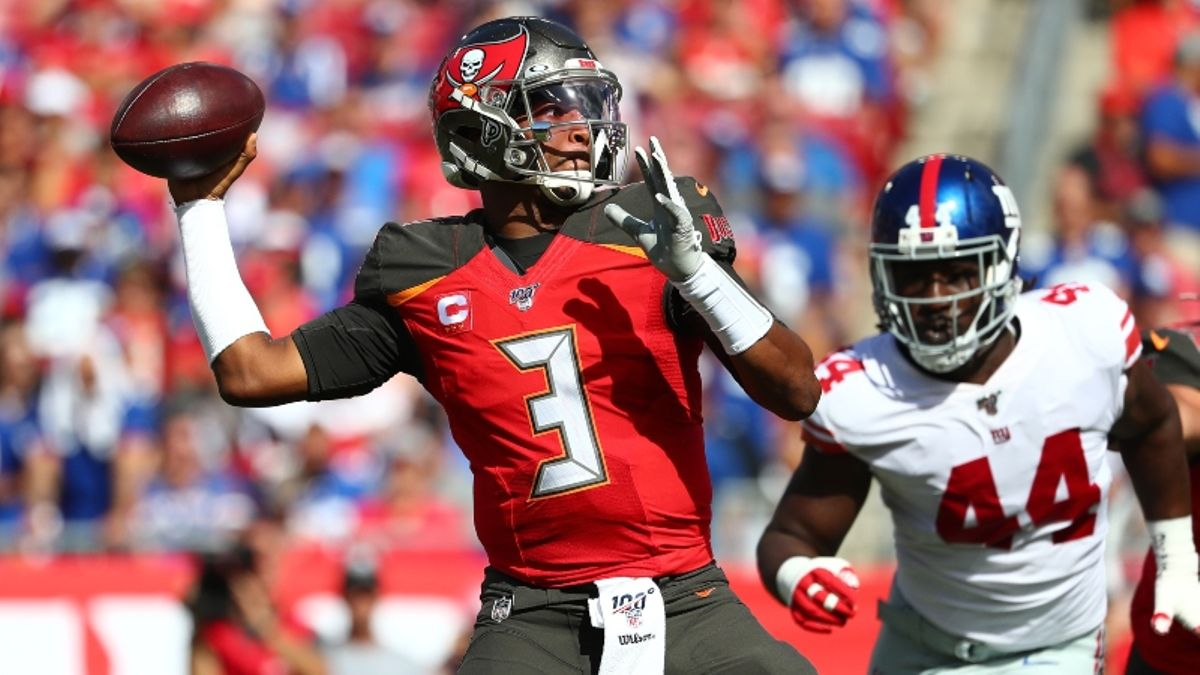 Bucs vs. Rams Betting Picks & Odds: Is There Value on the Over/Under? article feature image