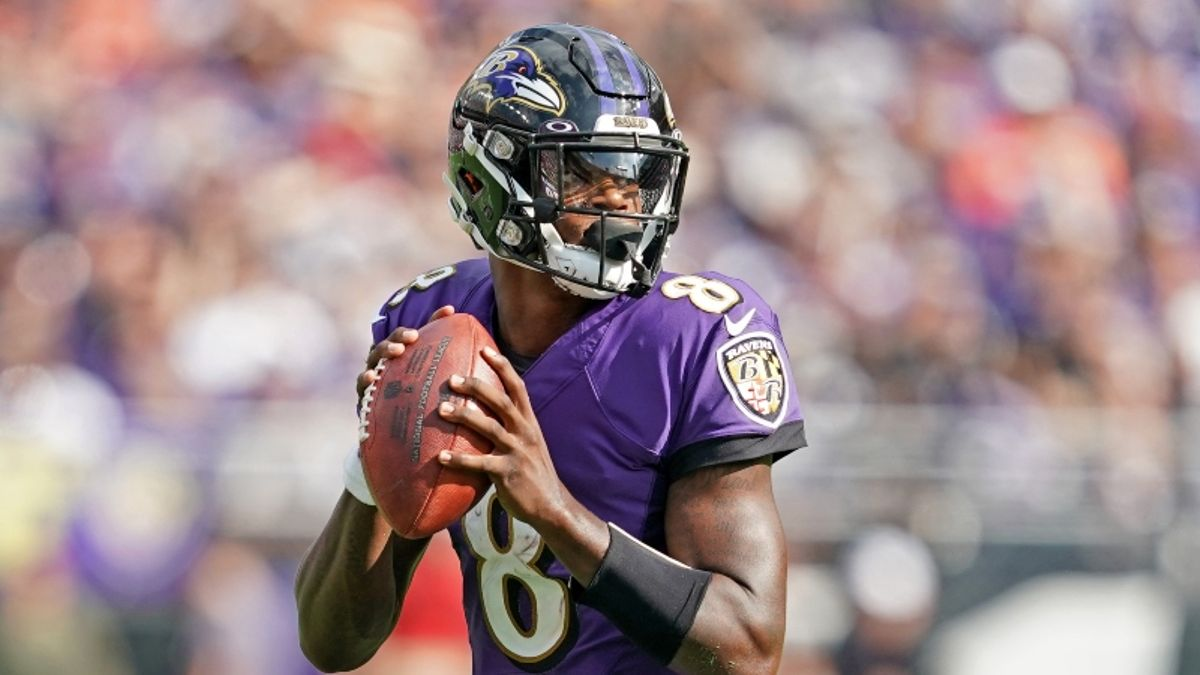Week 11 Fantasy QB Rankings article feature image