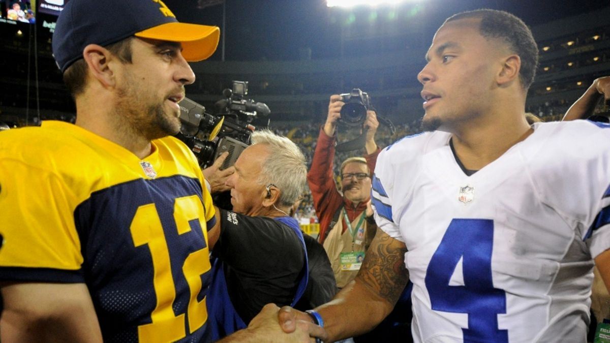 Packers vs. Cowboys Betting Odds & Picks: How to Play this Over/Under article feature image