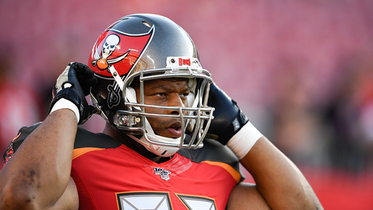 Bucs-Panthers Over/Under Offers Betting Value article feature image