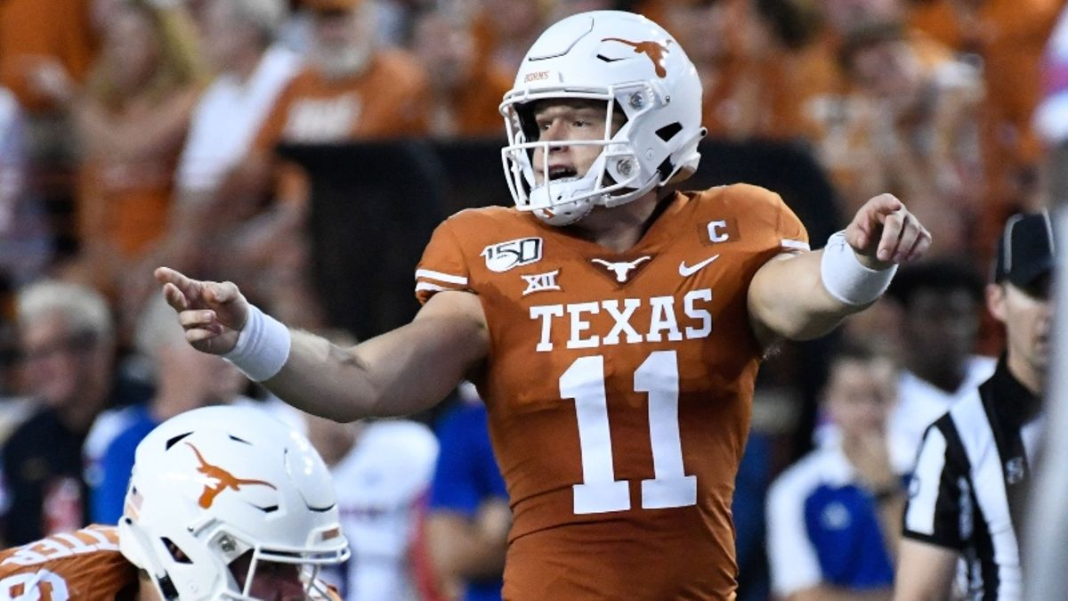 College Football Sharp Betting Report: Pros Are Targeting LSU vs. Texas, 3 Other Saturday Games article feature image