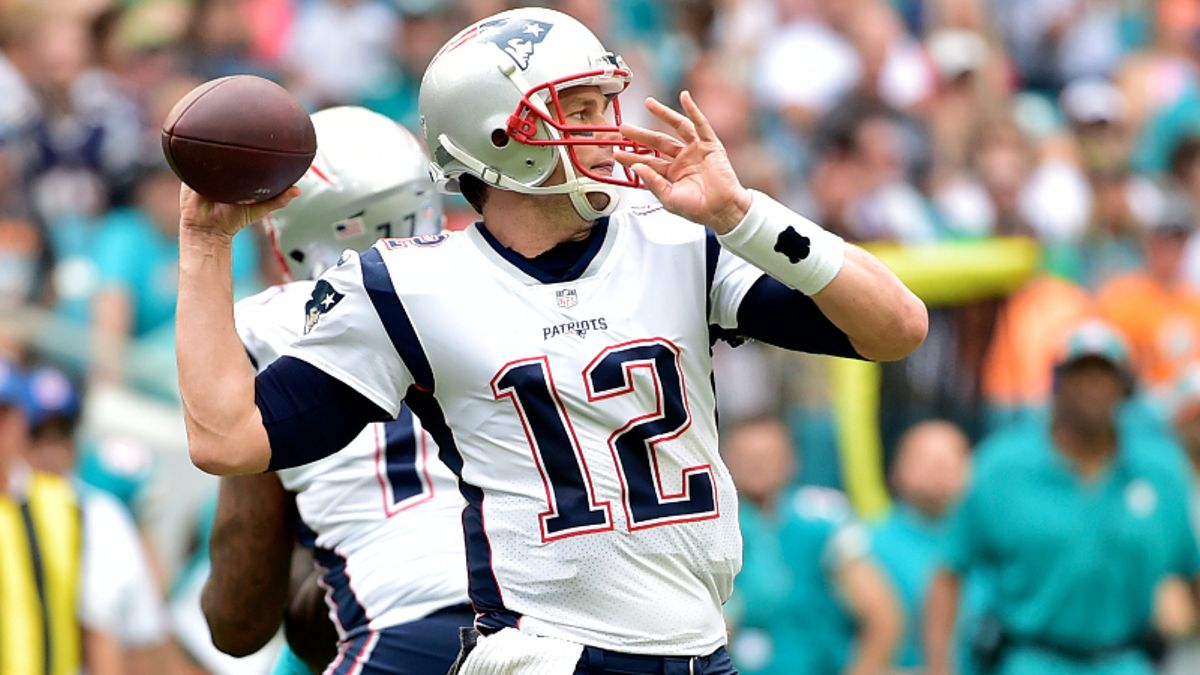 Patriots vs. Dolphins Betting Odds & Picks: Can NE Cover This Historic Spread? article feature image