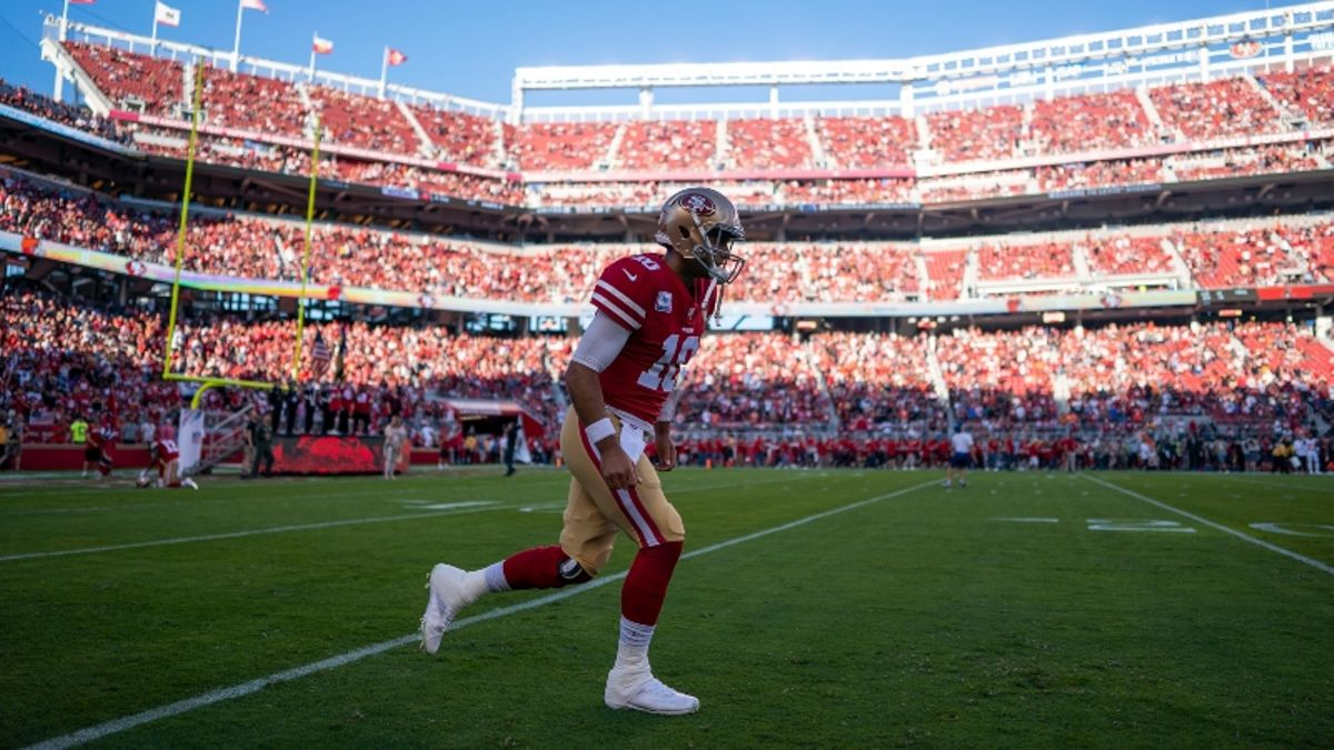 Panthers vs. 49ers Forecast: Windy Weather Expected at Levi's Stadium article feature image