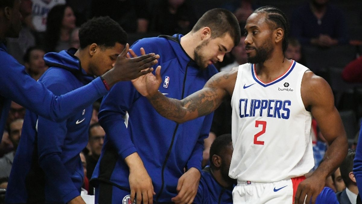 Lakers vs. Clippers Betting Picks & Odds: Where's the Edge in This Star-Studded Affair? article feature image