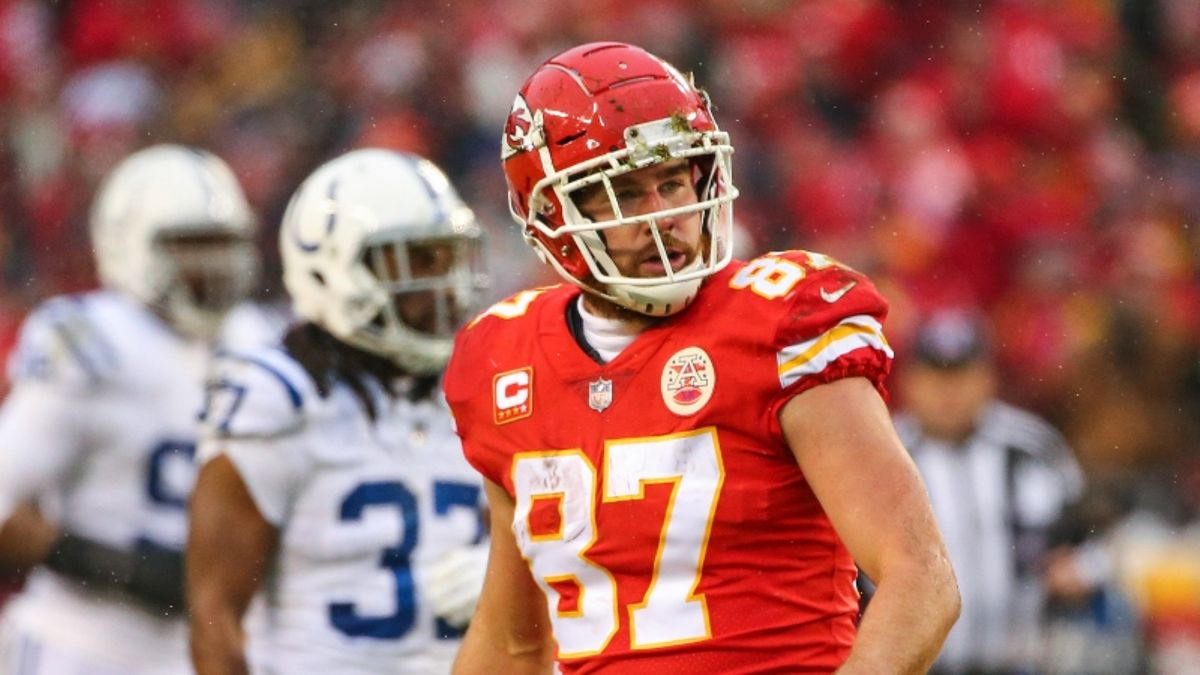 Colts vs. Chiefs Picks: How We're Betting this Over/Under article feature image